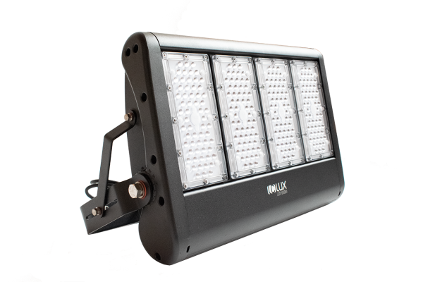 LClux® ARENA HP 200 - System LED Fluter mit 4-flammiger LED Engine in warm- oder neutralweiß
